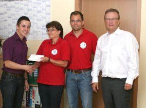 Kabel Firmengruppe unterstützt die Tischtennis-Meistermannschaft des TSV Eintracht Eschau
