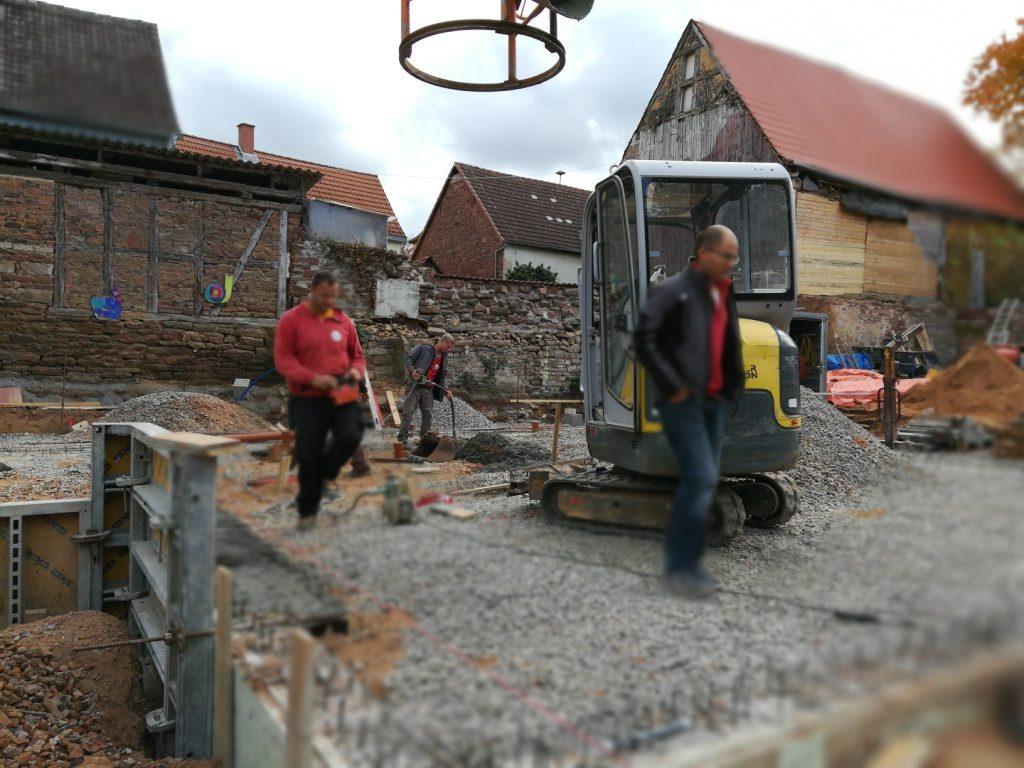 Herstellung einer Bodenplatte in Mechenhard