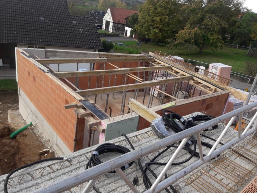 BV in Eichelsbach Verlegen der EG-Decke